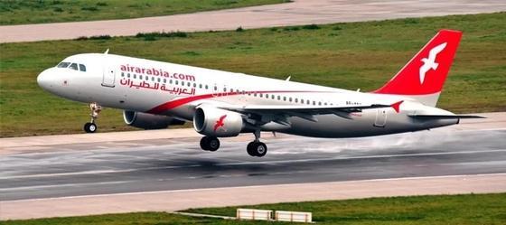 89 человек не смогли вылететь из Астаны в ОАЭ из-за замерзшей двери самолета