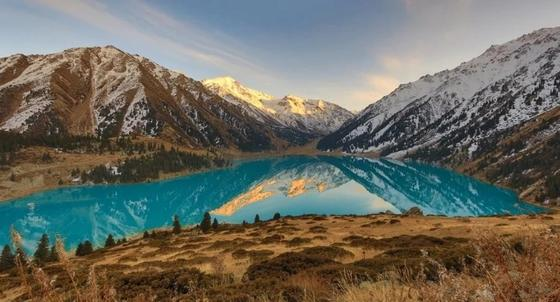 Казахстан вошел в Топ-10 зарубежных стран популярных у россиян