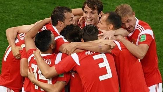 Сборная России впервые вышла из группы на чемпионате мира по футболу