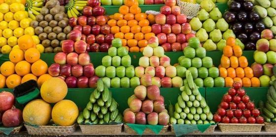 На оптовой базе Костаная торговали зараженными фруктами