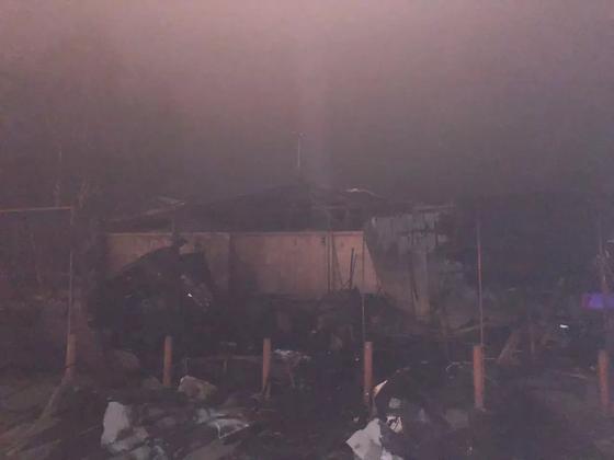 Крупный пожар на «Саяхате» произошел в Алматы (фото)