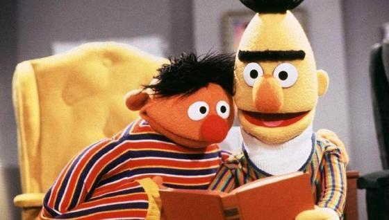 Лучшие друзья из детского шоу «Улица Сезам» оказались геями