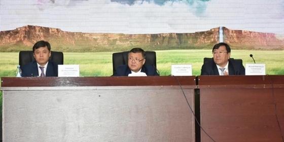 Реагировать на критику в СМИ просят туркестанских чиновников