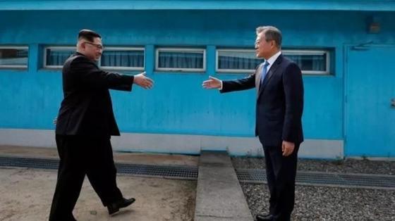 Южная и Северная Кореи договорились о подписании мирного договора, который положит конец войне 1953 года