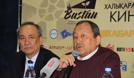 "Пресс-конференция ""Бастау"". Фото: NUR.KZ"