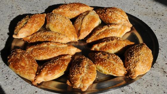 Как приготовить пирожки с картошкой и печенкой в духовке