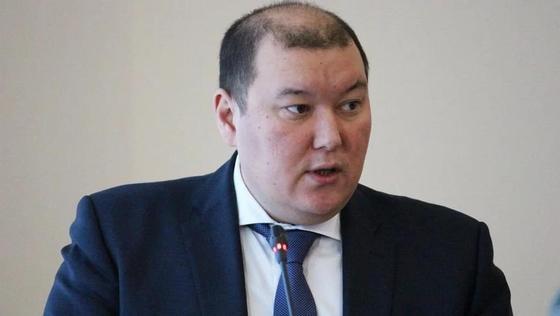Сына депутата, задержанного по делу Бишимбаева, просят отпустить на свободу