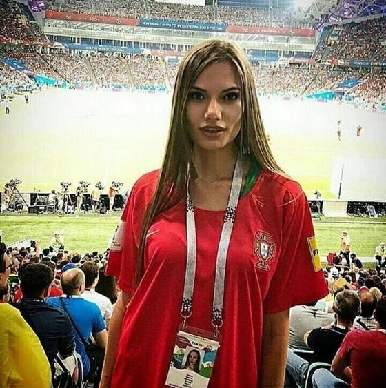 Самые горячие болельщицы на чемпионате мира по футболу