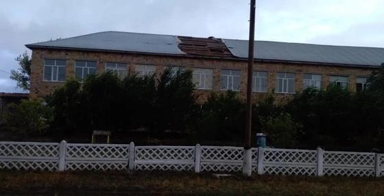 Восстановили электричество после шквального ветра в селе Карагандинской области