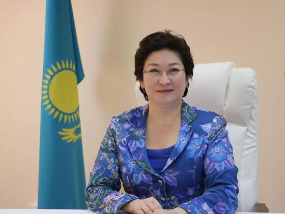 Казахстанец построил в селе бассейн за 80 млн для лечения инвалидов