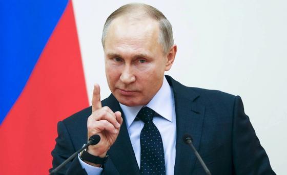 Путин поручил догнать Казахстан и Китай в строительстве дорог