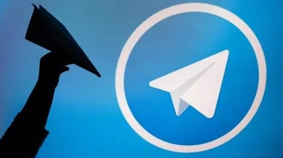 Борьба с Telegram: блокировка Google и протестный запуск самолетиков