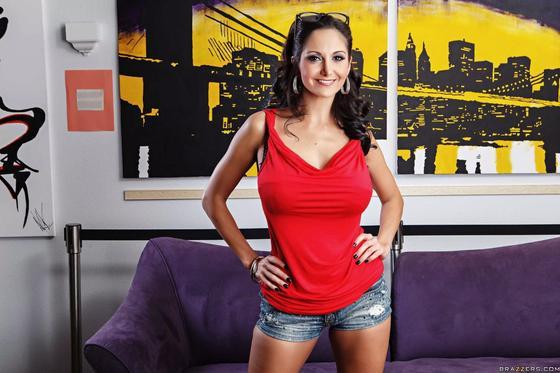 Ава Адамс — взрослая актриса взрослого кино