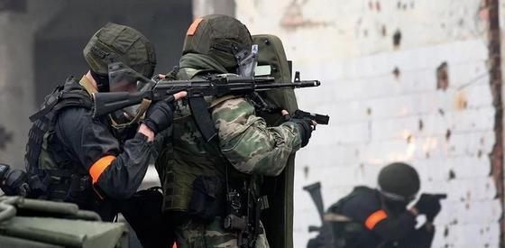 Спецоперация на юге Казахстана: задержаны таможенники и полицейские