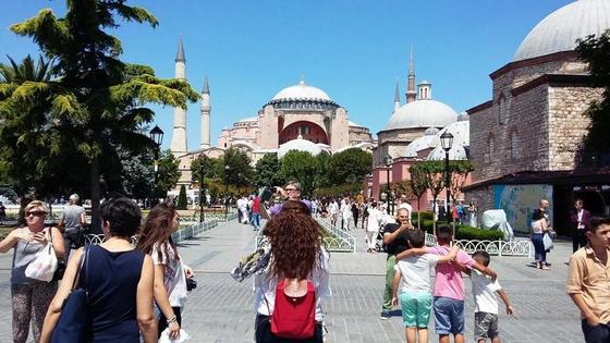 Казахстанцам до 90 дней увеличили срок безвизового пребывания в Турции