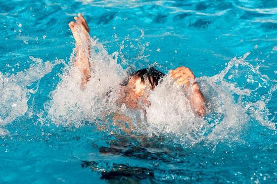 Двухлетний ребенок утонул в бассейне частного дома в Шымкенте