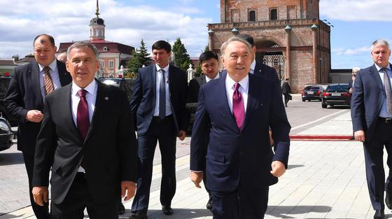Назарбаеву показали оборонно-промышленные достижения Татарстана
