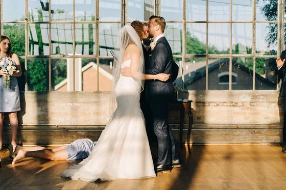 """""""Лучшее в мире"""" свадебное фото появилось в Сети"""