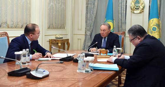 Назарбаев встретился с