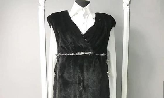 В казнете высмеяли норковое платье астанчанки за 10 000 евро (фото)
