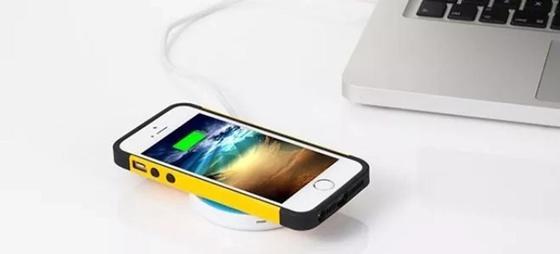 Как зарядить Айфон без зарядки в домашних условиях