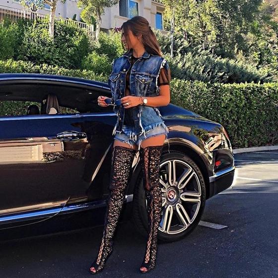 28-летняя модель ждет ребенка от 64-летнего миллионера. Девушка показала новые фото!