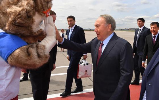 Назарбаев прибыл в Москву на открытие ЧМ-2018