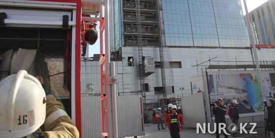 Стали известны подробности о пожаре на стройке Абу-Даби Плаза в Астане (фото)