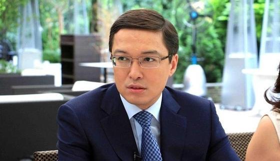 Акишев пожаловался на недостаток полномочий для надзора над банками