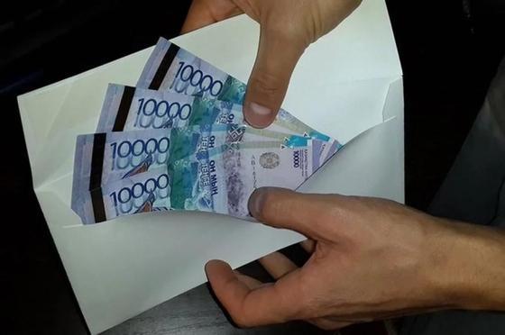 «Взятка за анашу» обошлась алматинским полицейским в 32 миллиона тенге