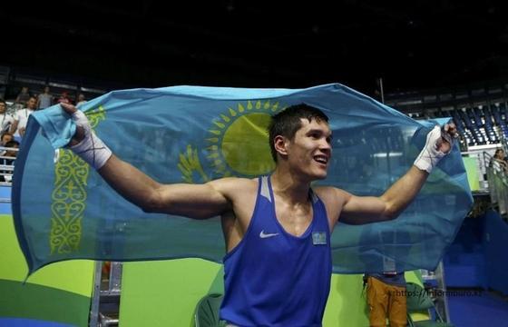 Елеусинов одержал третью победу на профи ринге