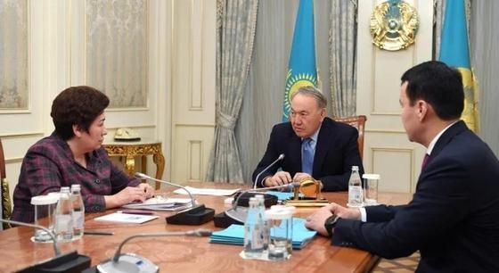 Назарбаев высказался о школах, названных в его честь