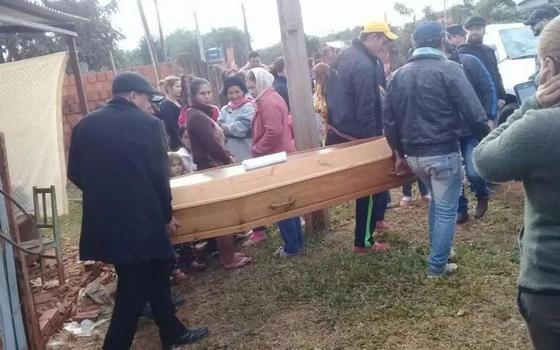 «Мертвец» случайно пришел на собственные похороны