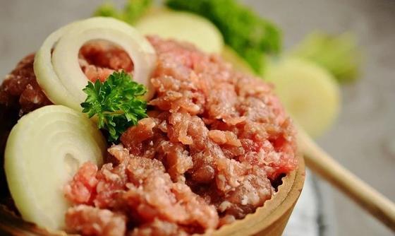 Мясо по-французски с фаршем в духовке