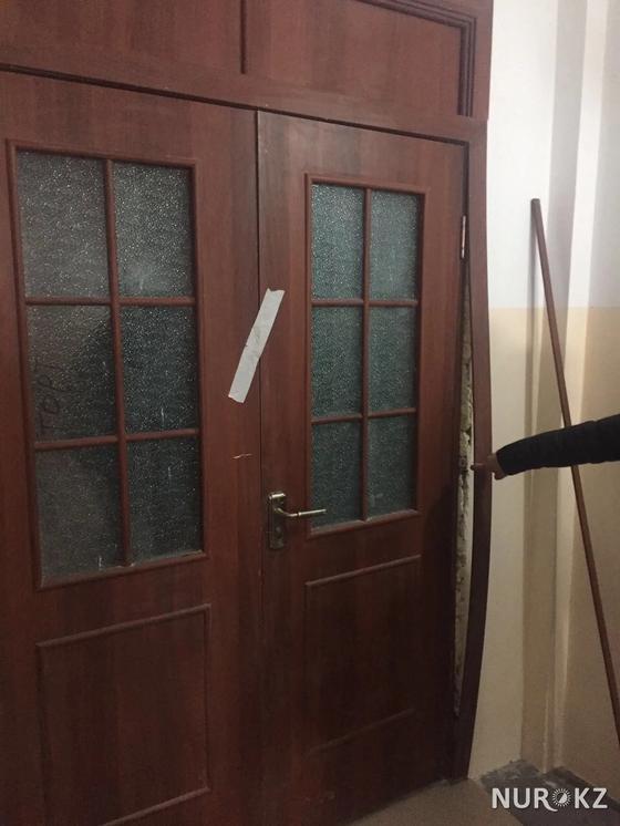 Шымкентте облыс әкімінің өзі кілтін табыстаған үйлер шетінен қирап жатыр (фото)