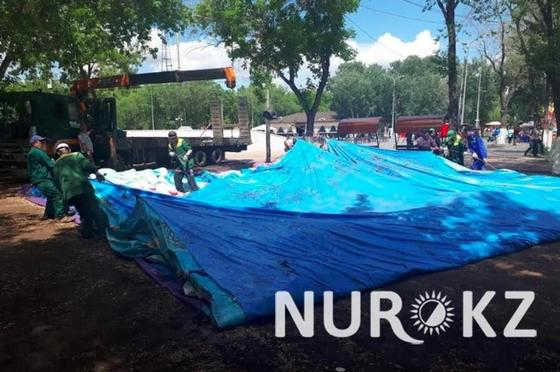 После трагедии в Астане вывоз нелегального батута в Караганде закончился вызовом полиции