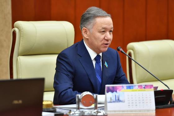 Нигматулин: Казахстанцы, выехавшие по турпутевке, должны быть застрахованы на весь период