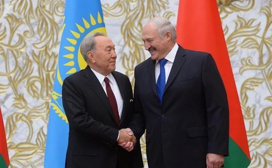 Лукашенко, Назарбаев. Фото:Sputnik / Виктор Толочко