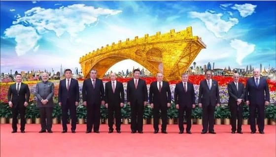 Мост из янтаря за 3 млн долларов подарит Казахстану Китай