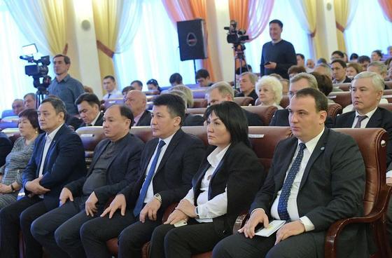 Партия «Нур Отан» и Федерация профсоюзов Казахстана подписали меморандум о сотрудничестве в Павлодаре