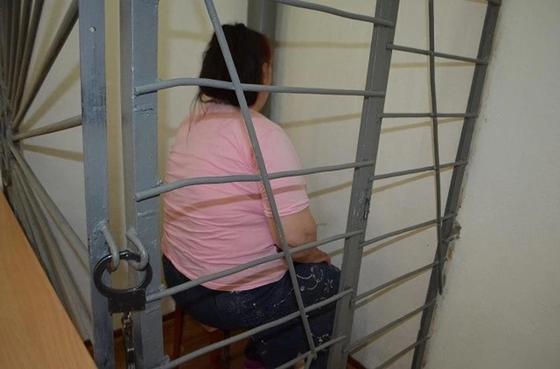Женщина грабила пенсионерок в Петропавловске, рассказывая им о порче