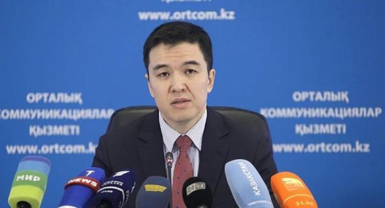 У Абдылкасымовой боевой характер: Бывший коллега о новом министре труда