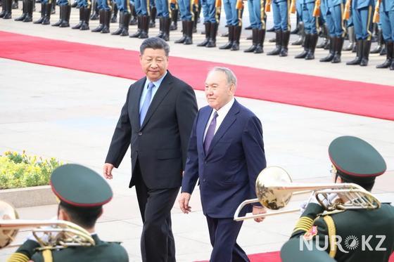 Назарбаев встретился с Си Цзиньпином (фото)