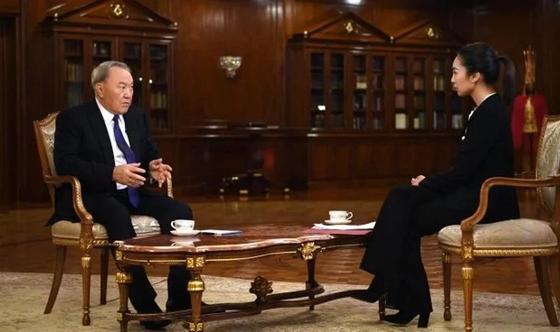 О чем Назарбаев рассказал китайскому телеканалу CCTV (видео)
