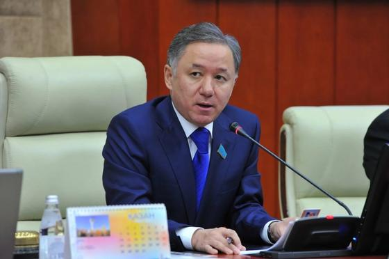 Нигматулин подписал распоряжение о созыве совместного заседания палат