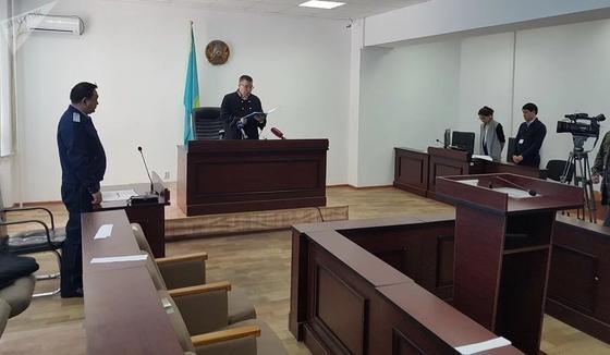 Осуждены экс-главы «Казавиаспаса» и «Казавиалесохраны» за взятку в 100 тыс. долларов (фото, видео)