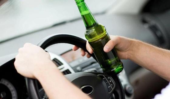 Акима села в Карагандинской области лишили прав за езду в пьяном виде