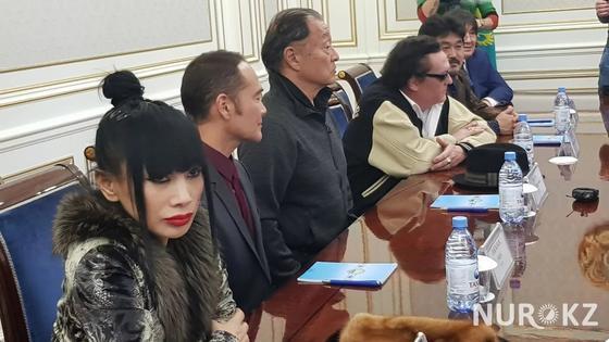 Голливудские актеры расскажут поклонникам о Восточном Казахстане