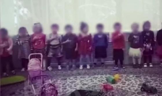 Балабақшадағы патриоттар. Фото: Видеодан үзінді.