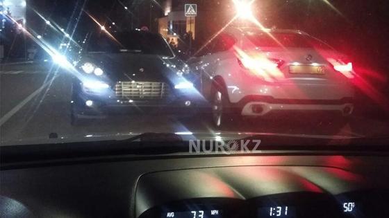 Ради флирта парень на дорогом авто выехал на встречную полосу движения